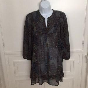 Ana XL beautiful sheer tunic top